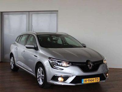 tweedehands Renault Mégane Estate 1.5 dCi Lim. *EX DEFENSIE*AUT*NAVI*PDC*CRUI