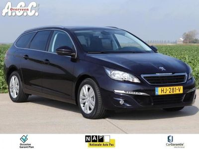 tweedehands Peugeot 308 1.6 HDi Executive Panodak Camera Trekhaak