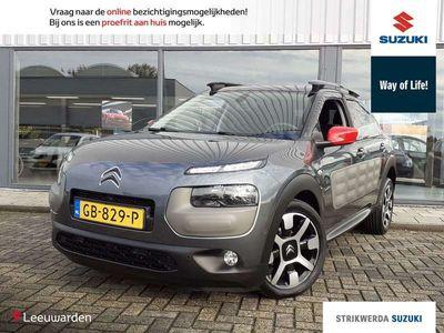 tweedehands Citroën C4 Cactus 1.2 PureTech Shine Navigatie/ Parkeersensoren acht