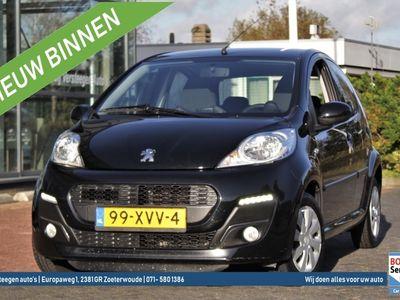 tweedehands Peugeot 107 1.0 68PK 5DRS Active | Airco | Navigatie