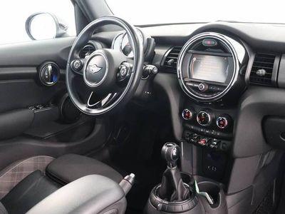 tweedehands Mini Cooper 1.5 Chili Business | Panoramadak | Navigatie | Zo
