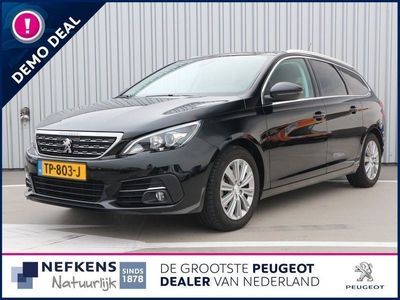 tweedehands Peugeot 308 SW 1.5 130 pk automaat Blue Lease Premium Panorama