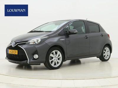 tweedehands Toyota Yaris 1.5 H Dynamic | Navi | Clima | Camera | Panodak | Automaat