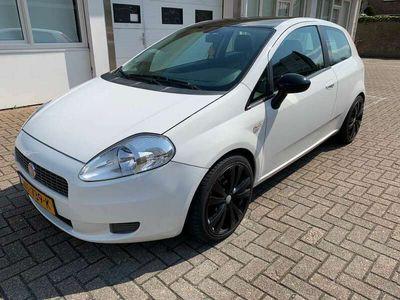 tweedehands Fiat Grande Punto 1.4 Active in zeer nette staat!