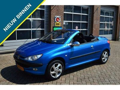 tweedehands Peugeot 206 CC 1.6-16V, Cabrio, Έlectric pakket, Airco