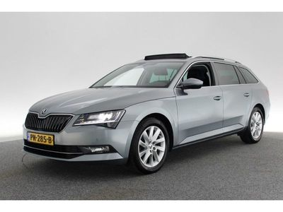 tweedehands Skoda Superb Combi 1.6 TDI Ambition Business PANO / NAVI / XENON / CRUISE