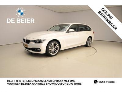tweedehands BMW 318 318 I LED / Stof-leder / Navigatie / Trekhaak / Chr