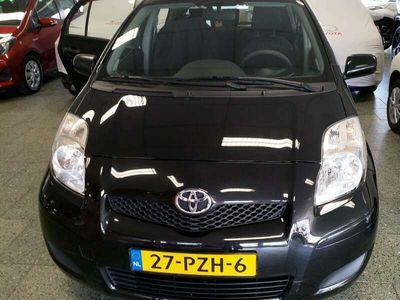 tweedehands Toyota Yaris 1.0 VVTi Acces