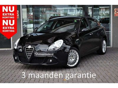 tweedehands Alfa Romeo Giulietta 1.4 T Progression / LM-velgen / Brake Assist / Air