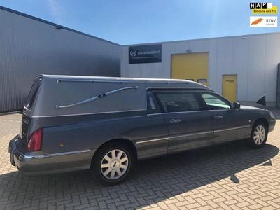 tweedehands Lincoln Town Car Begrafenisauto/ Uitvaart/ Rouw / Hearse Krystal