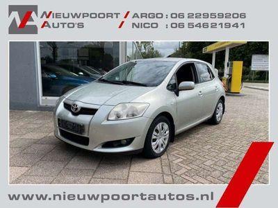 tweedehands Toyota Auris 1.4-16V Sol Goed Lezen, Airco, Trekhaak