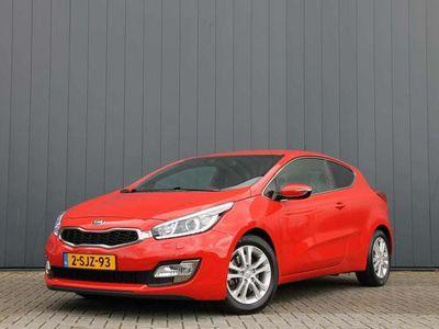 tweedehands Kia cee'd 1.6 GDI Premium Pack AUTOMAAT / NAVI / LEDER / CAMERA