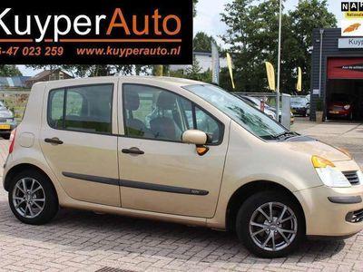 tweedehands Renault Modus 1.2-16V Dynamique Comfort