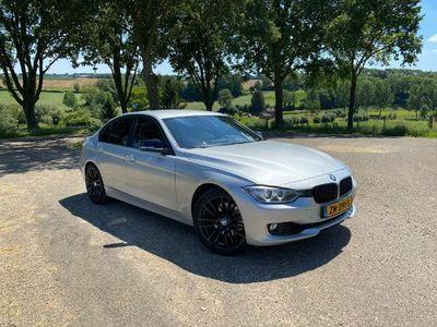 tweedehands BMW 328 i Executive