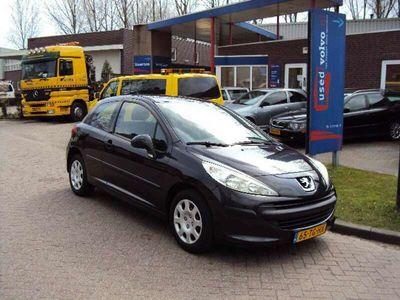 tweedehands Peugeot 207 1.4-16V 90PK XR