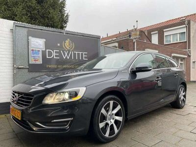 tweedehands Volvo V60 2.4 D6 AWD Plug-In Hybrid Summum BTW TOPSTAAT