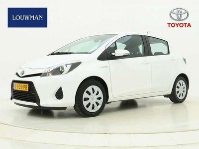 tweedehands Toyota Yaris 1.5 Hybrid Aspiration Limited | Navigatie | Achter