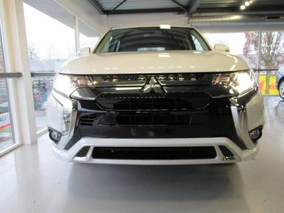 tweedehands Mitsubishi Outlander 2.4 DOHC MIVEC PHEV 240pk 4WD Aut Pure