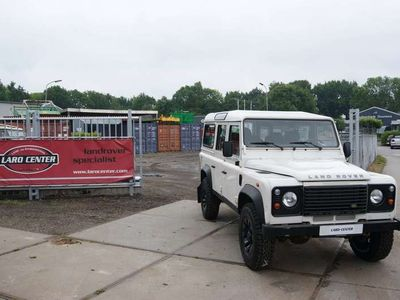 tweedehands Land Rover Defender 2.4 TD 110 Stationwagon 19500 ex BTW
