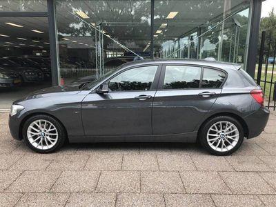 tweedehands BMW 116 1-serie i Business+ Sport 136PK 5-Deurs Xenon Sportstoelen Navi 17''