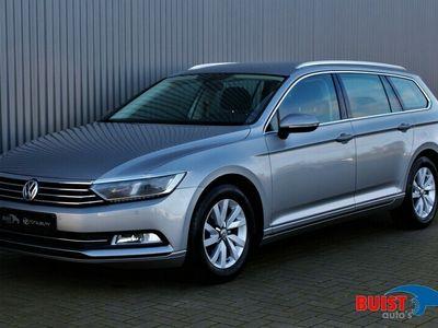 tweedehands VW Passat Variant 1.6 TDI Business Edition LED TREKHAAK NAVI
