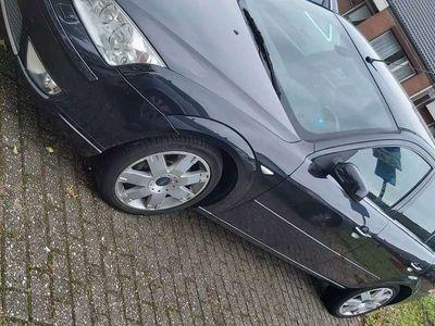 tweedehands Ford Mondeo 2.0-16V Ghia Exec.