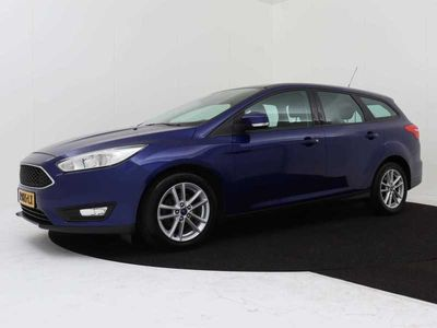 tweedehands Ford Focus Wagon 1.0 125 pk Lease Edition