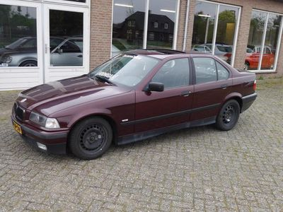 tweedehands BMW 323 323 i 2.5 DRIFT AUTO HYDR. HANDREM