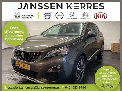 tweedehands Peugeot 3008 PureTech 180PK Allure Automaat Navigatie | Leder | Achteruitrijcamera | Parkeersensoren | Panoramadak | Lichtmetaal