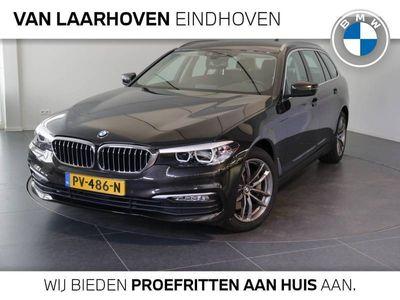 tweedehands BMW 530 5-SERIE Touring i Executive Automaat / Sportstuurwiel / LED / Navigatiesysteem