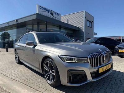 tweedehands BMW 745e 745M-sport HUD Softclose Leer Sch.dak