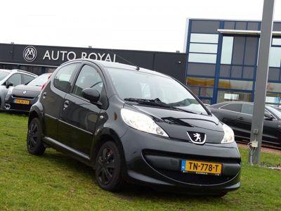 tweedehands Peugeot 107 1.0-12V XS 5-deurs Automaat - VERKOCHT