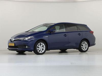 tweedehands Toyota Auris 1.8 Hybrid Touring Sports Dynamic Go