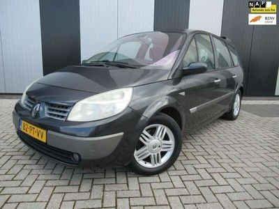 tweedehands Renault Grand Scénic 2.0-16V Expression Luxe