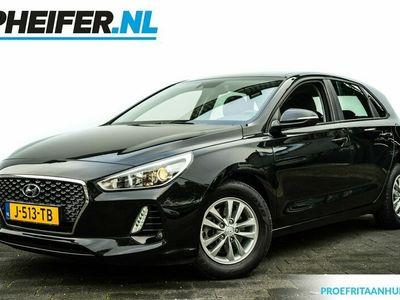 tweedehands Hyundai i30 1.0 T-GDI 120pk Stoelverwarming/ Climate control/ Cruise control/ Lmv/ Pdc achter/ Stuurverwarming