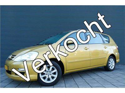 tweedehands Toyota Avensis Verso 2.0i Linea Sol 5p. | Clima | Trekhaak | Lichtmetaa