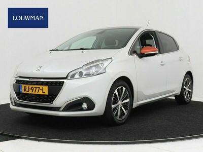 tweedehands Peugeot 208 1.2 PureTech Roland Garros | Airconditioning | Navigatie | Cruise Control | Panoramadak |