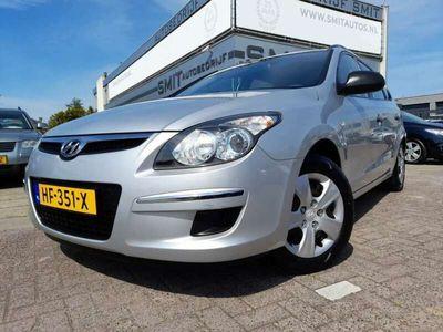 tweedehands Hyundai i30 CW 1.4i i-Motion AC/NW APK/LPG-G3