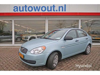 tweedehands Hyundai Accent 1.4I DYNAMIC