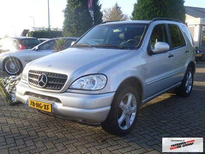 tweedehands Mercedes ML320 ML 320 Benzine 2001 Youngtimer