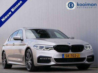 tweedehands BMW 530 5-SERIE d 265pk High Executive Automaat M-Sportpakket / 20Inch / Nachtzicht / Head-up / Softclose