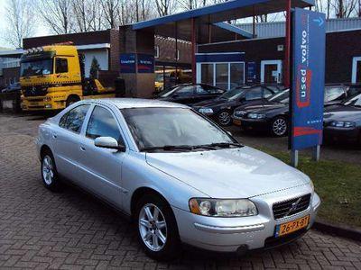 tweedehands Volvo S60 benzine 2.4 Edition 140PK