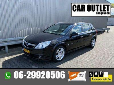 tweedehands Opel Signum 1.9 CDTi Executive Leer Navi --Inruil Mogelijk--