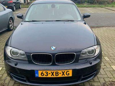 tweedehands BMW 118 i Business Line 2.0 AUT 5DRS Blauw