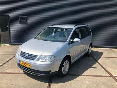 tweedehands VW Touran 1.6-16V FSI CLIMA/ ZEER NETTE AUTO!