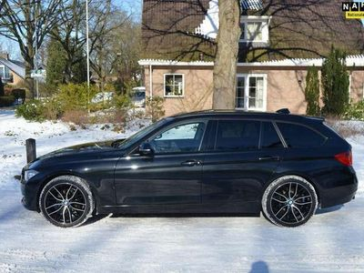 tweedehands BMW 320 320 Touring d xDrive High Exe leer/sport/panorama/n