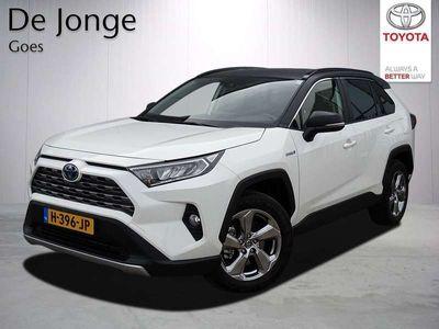 tweedehands Toyota RAV4 2.5 Hybrid AWD Dynamic Bi-Tone Edition   1650KG Trekgewicht!   Navigatie   Qi-lader   Parkeercamera   Bi-Tone  