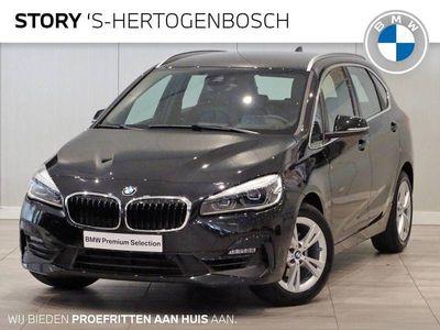 tweedehands BMW 218 2-SERIE Active Tourer i Executive Sport Line Automaat / Navigatie Plus / LED / Climate Control / Parkeersensoren voor+achter / Sportstoelen / Cruise Control / Chrome Line / Achteruitrijcamera
