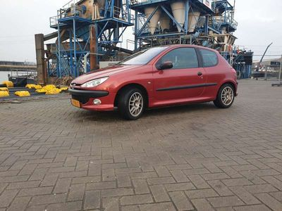 tweedehands Peugeot 206 1.6-16V XS
