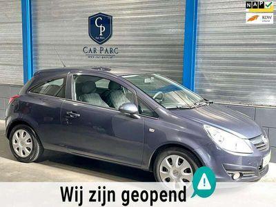 tweedehands Opel Corsa 1.2-16V Essentia ELEK.PAKKET/MULTIMEDIA/AIRCO/APK